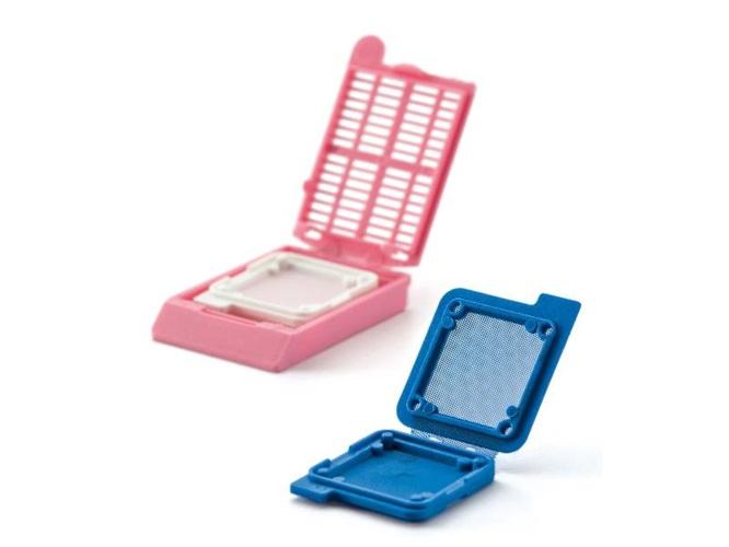 Cellsafe biospy capsules, blue